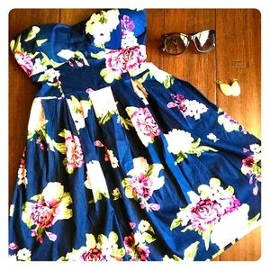 Rue21 navy blue floral dress size Small